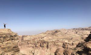 Jordanië uitzicht tijdens backdoorhike naar Petra