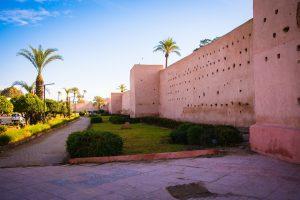 De muur om de medina van Marrakech