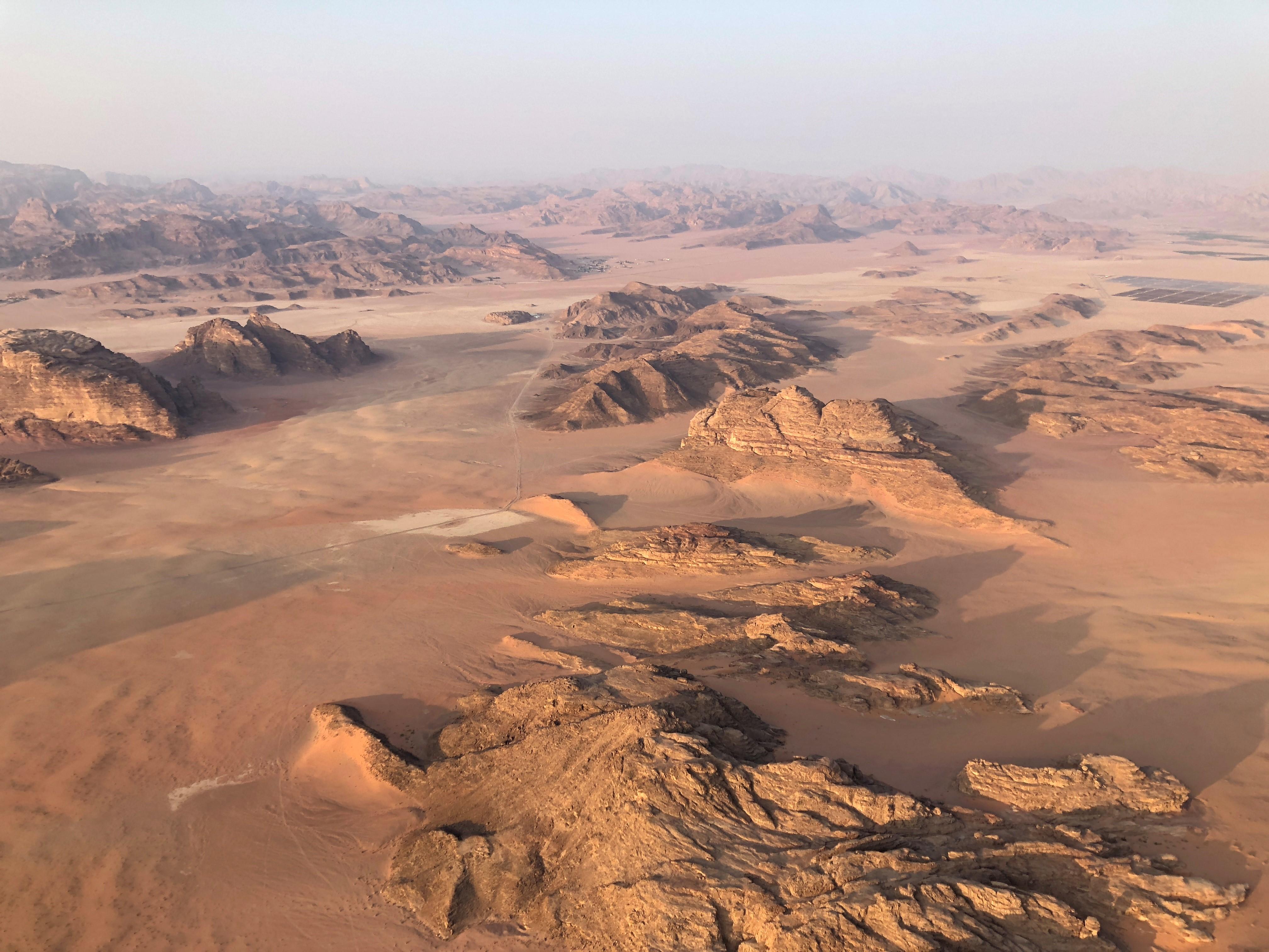 Ballonvaart over de Wadi Rum met zonsopkomst