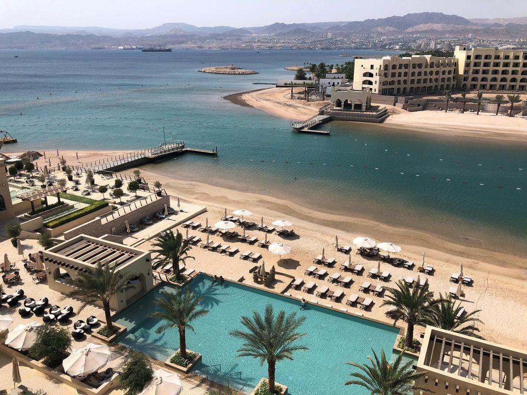 Aqaba, de enige badplaats in Jordanië