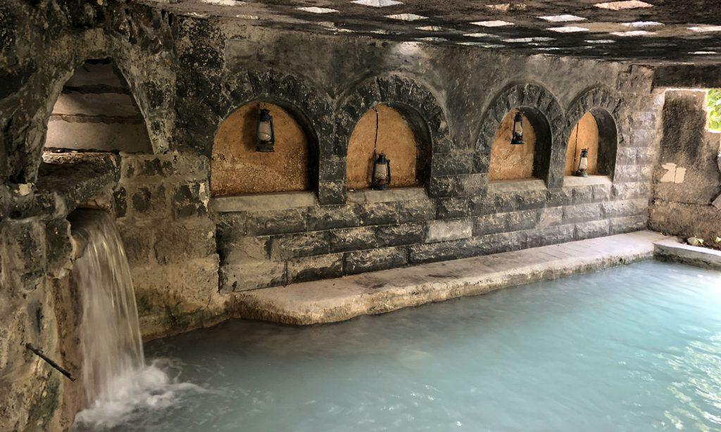 Één van de natuurlijke zwembaden van El Himma