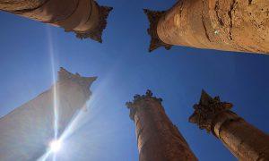 Jordanië Jerash Pilaren