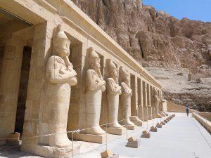 Egypte Tempel Van Hatsjepsoet Beelden